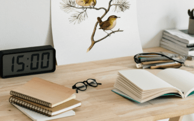 5 must-have Desk Items